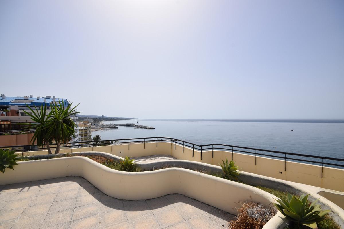 Marbella Banus Apartamento en Venta en Marbella – R3464989
