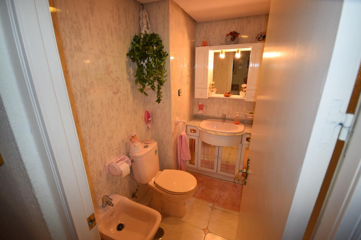 Apartamento Planta Media  en venta en  Marbella, Costa del Sol – R3464989
