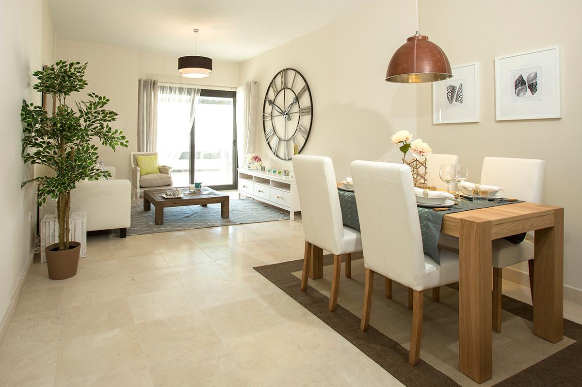 Apartamento Planta Baja  en venta en  Benahavís, Costa del Sol – R2678441