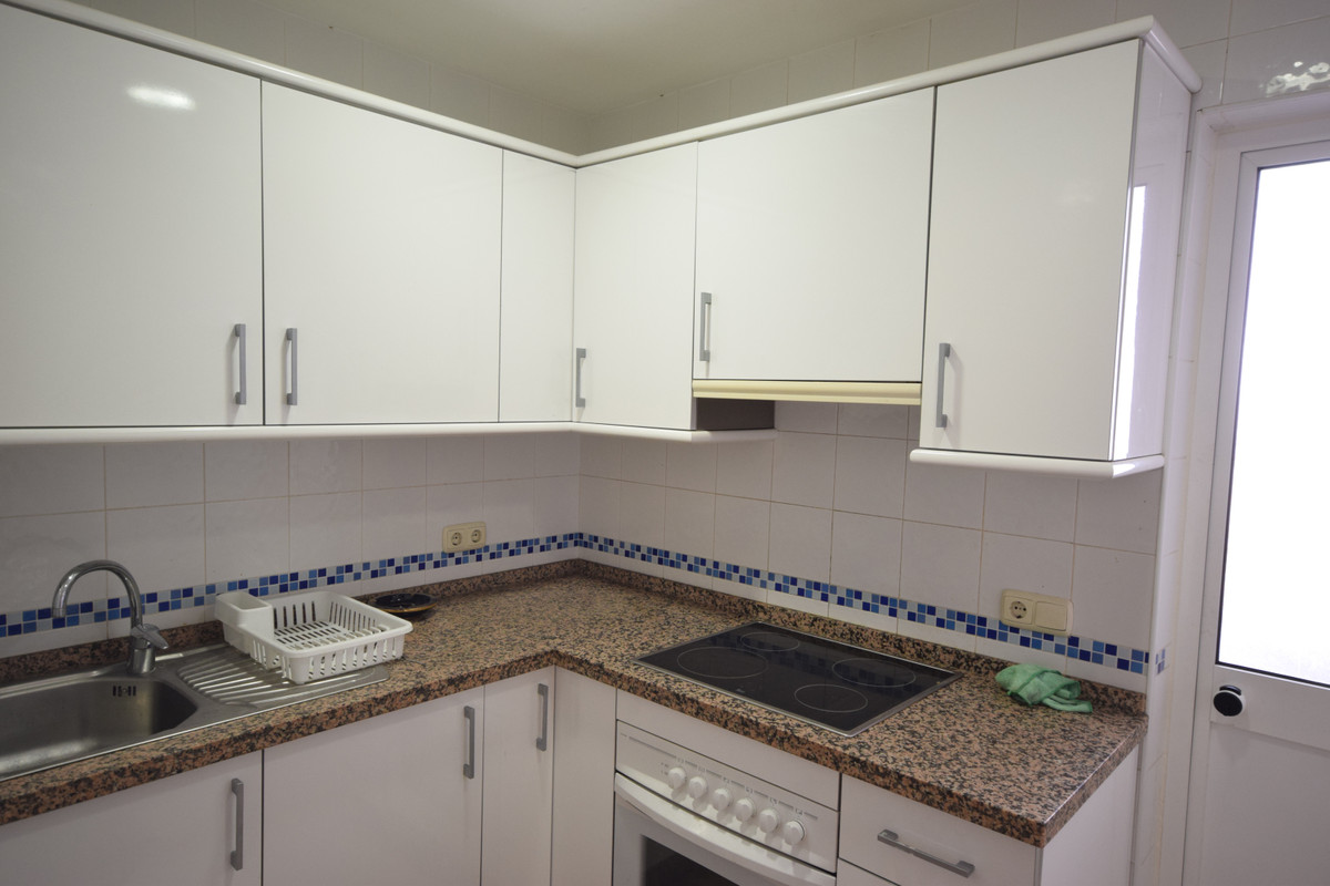 Apartamento Planta Media  en venta en  Marbella, Costa del Sol – R3341281