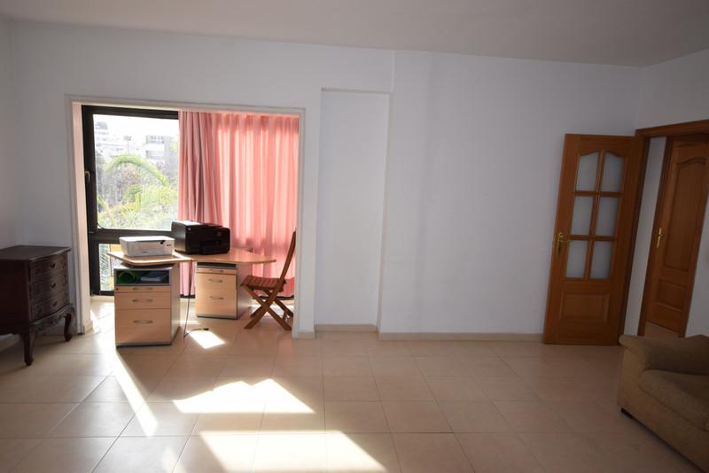 Marbella Banus Apartamento Planta Media en venta en Marbella – R3341281