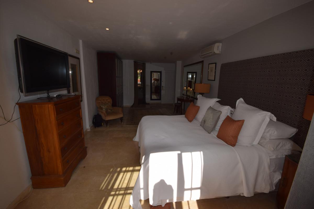 Apartamento Planta Baja  en venta en  Nueva Andalucía, Costa del Sol – R3394351