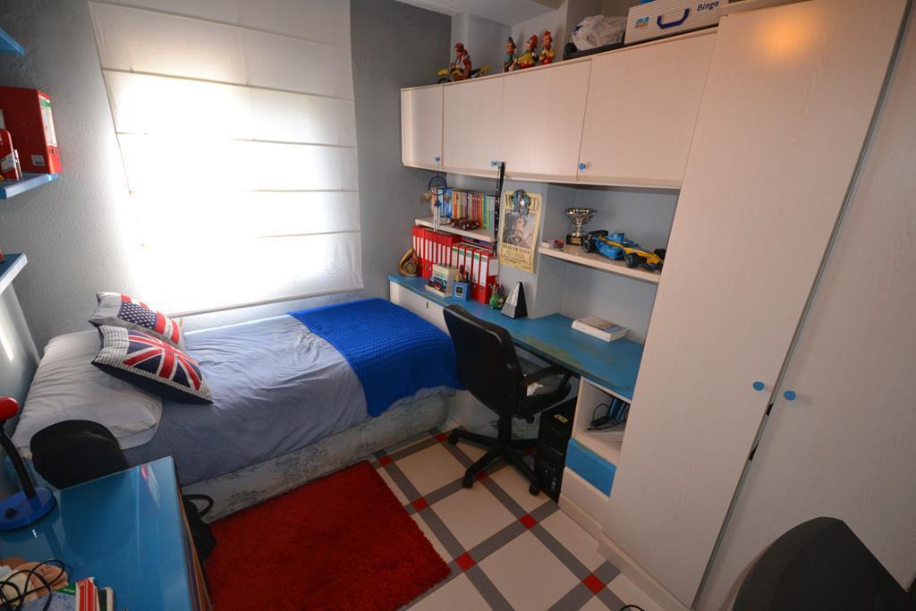 Apartamento Planta Media  en venta en  Marbella, Costa del Sol – R2565479