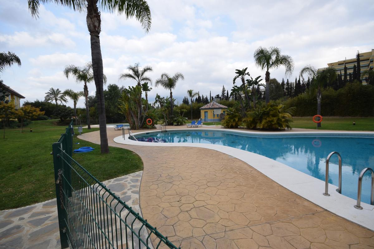 Marbella Banus Ático en Venta en Marbella – R3379309