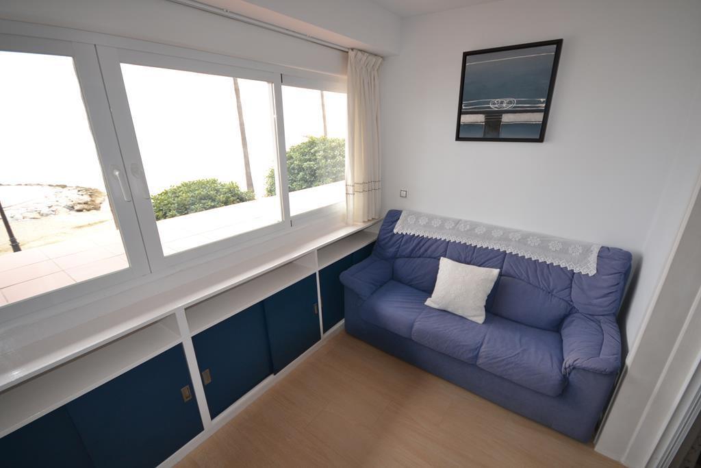 Апартамент средний этаж  в аренду в  Marbella, Costa del Sol