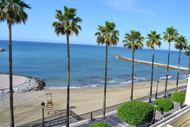 Marbella Banus Apartamento Planta Media en Alquiler Vacacional, Marbella – R2590115