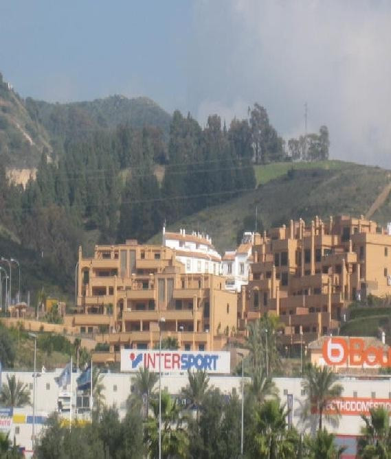Apartamento Planta Media  en venta en  Marbella, Costa del Sol – R720776