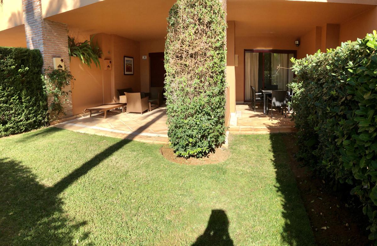 Apartamento en Venta en Bahía de Marbella – R3518548