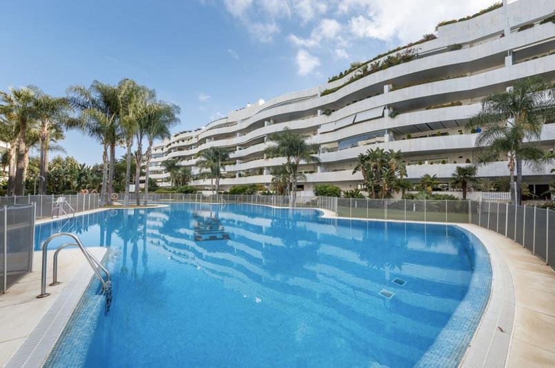 Lägenhet på mellanplan i Cortijo Blanco R3190045