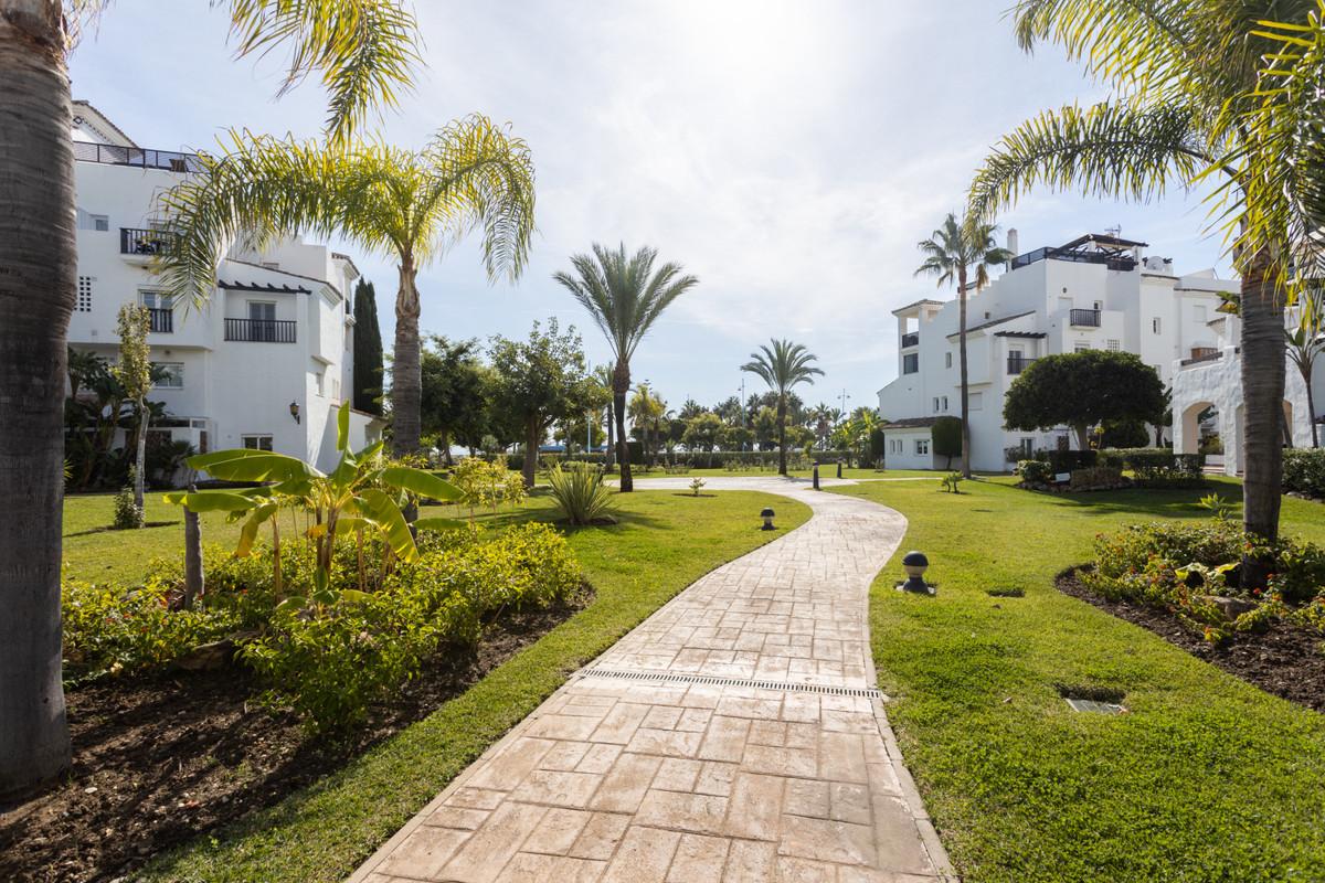 Apartamento en Venta en San Pedro de Alcántara – R3677588