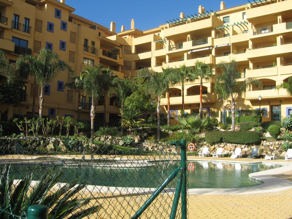 Marbella Banus Apartamento en Venta en San Pedro de Alcántara – R3557758