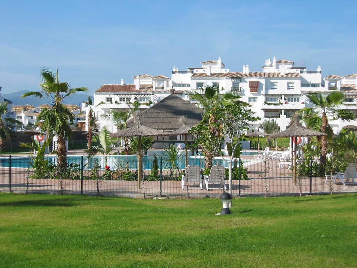 Fabulous penthouse located in the exclusive development of Las Adelfas, first line of San Pedro de A,Spain