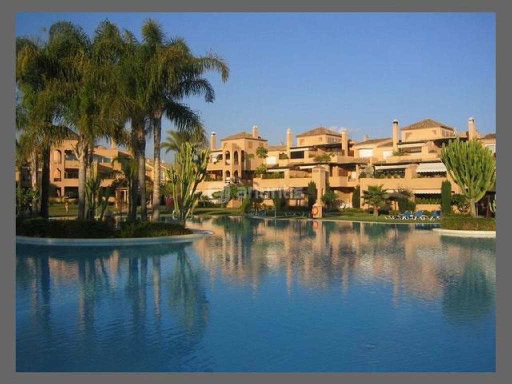 Nice ground floor apartment located in the well known development of Alhambra del Golf in Guadalmina,Spain
