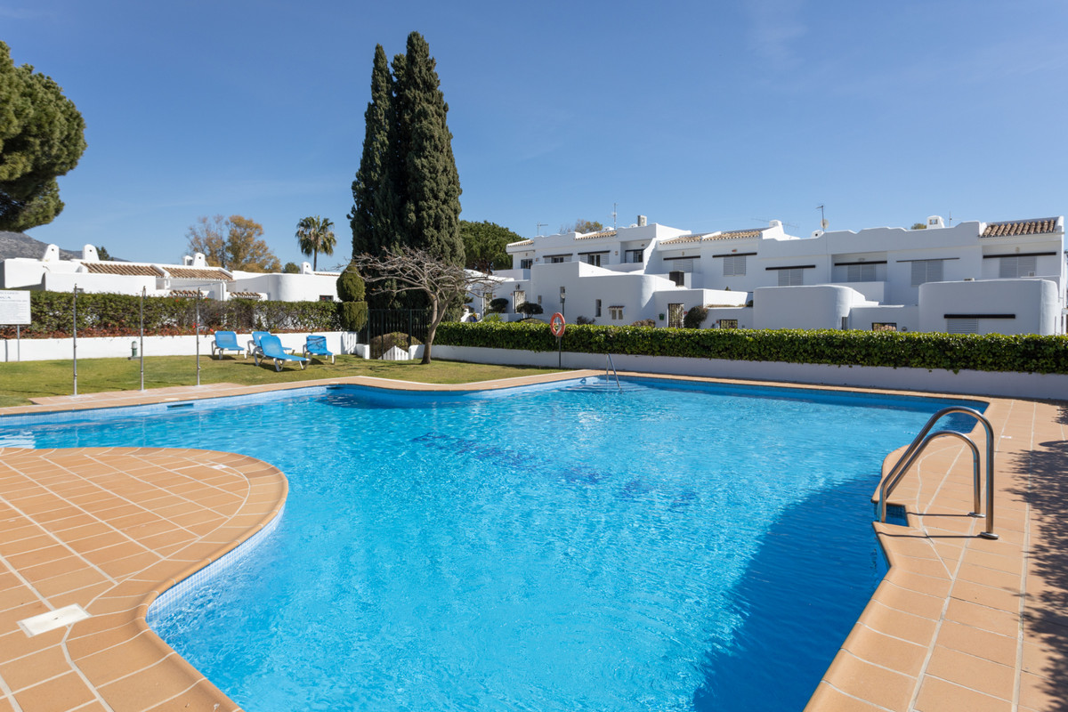 Townhouse located in La Retranca del Angel, one of the prestigious locations of Nueva Andalucia, rig, Spain