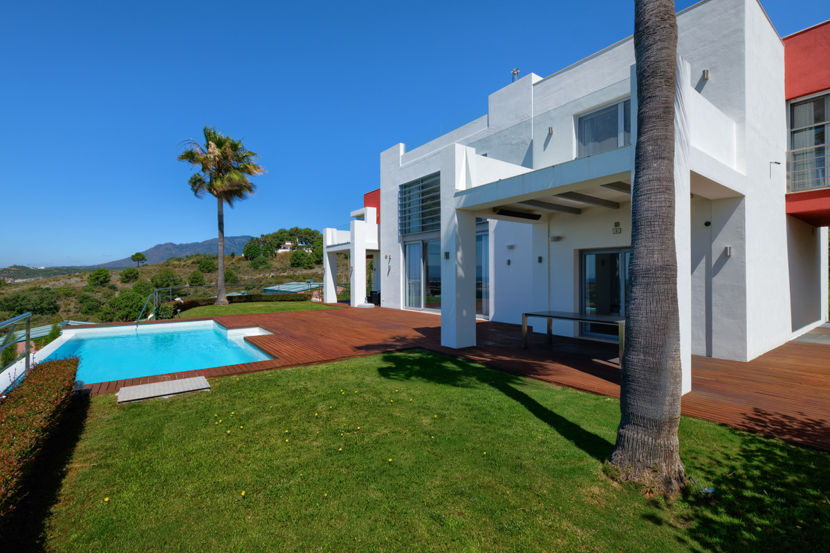 R3806002: Villa - Detached for sale in Los Flamingos