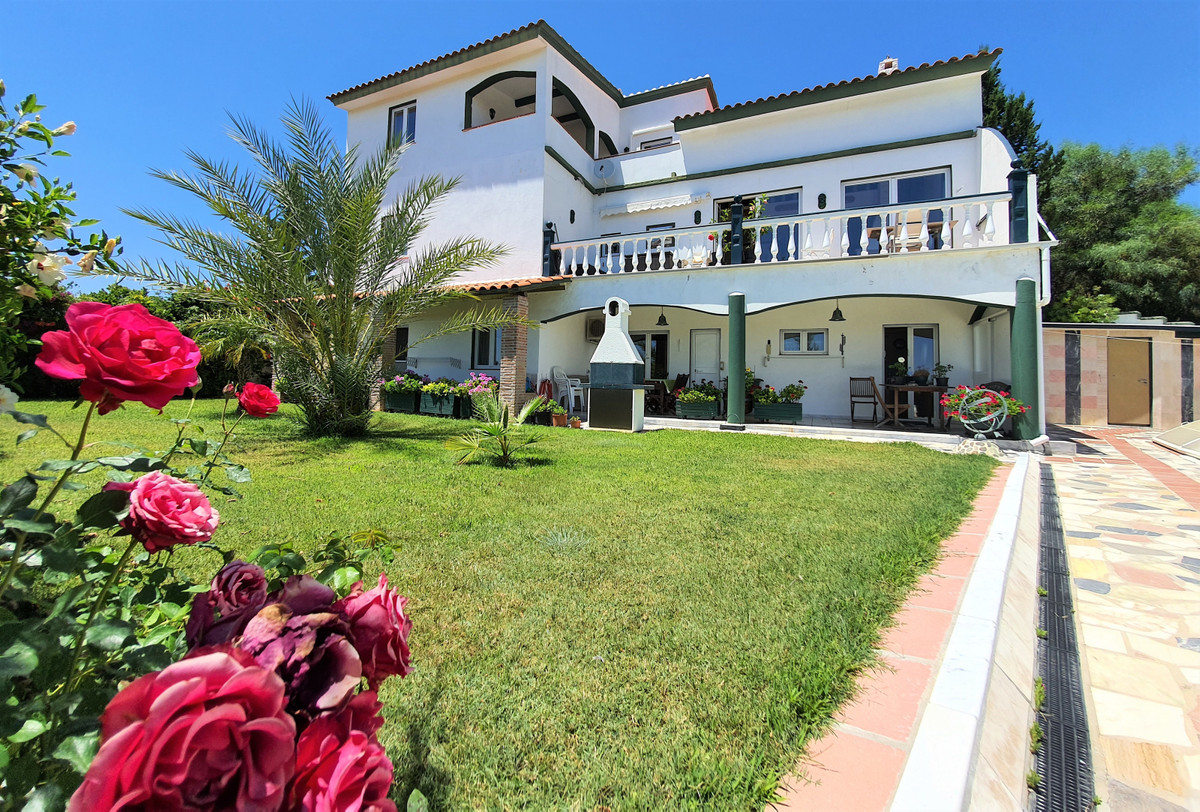 This 5 bed villa is in Puerto Romano, Estepona. This house is at the end of a cul de sac, with beaut, Spain