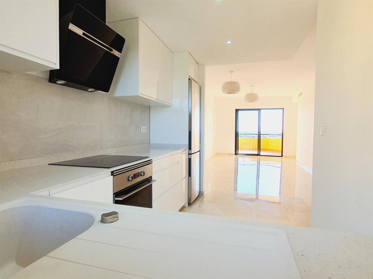 Marbella Banus Apartamento en Venta en Selwo – R3700979