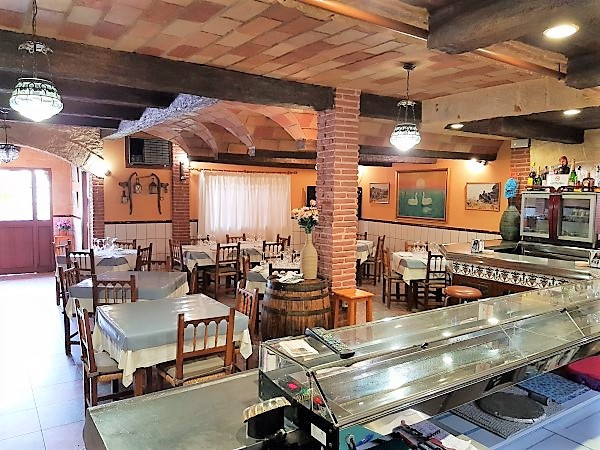 For sale: Well known restaurant in San Pedro with 4 bedroom accommodation upstairs. Downstairs is th, Spain