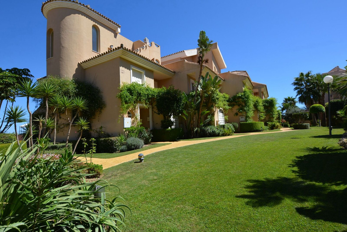 Ref:R3325573 Townhouse - Terraced For Sale in Manilva