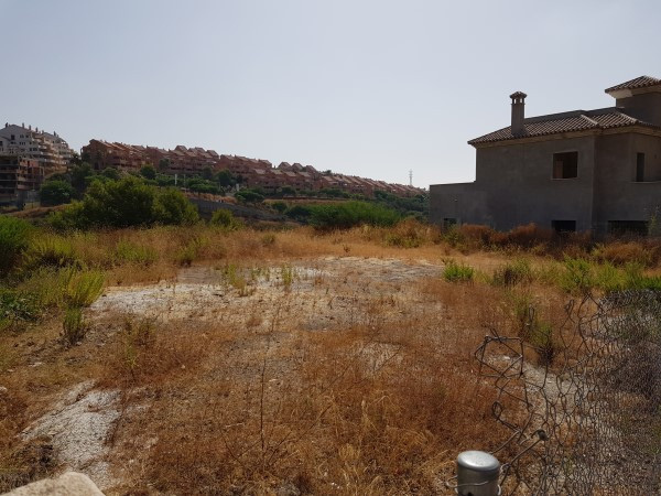 Terreno Urbano en venta en Elviria – R3241435