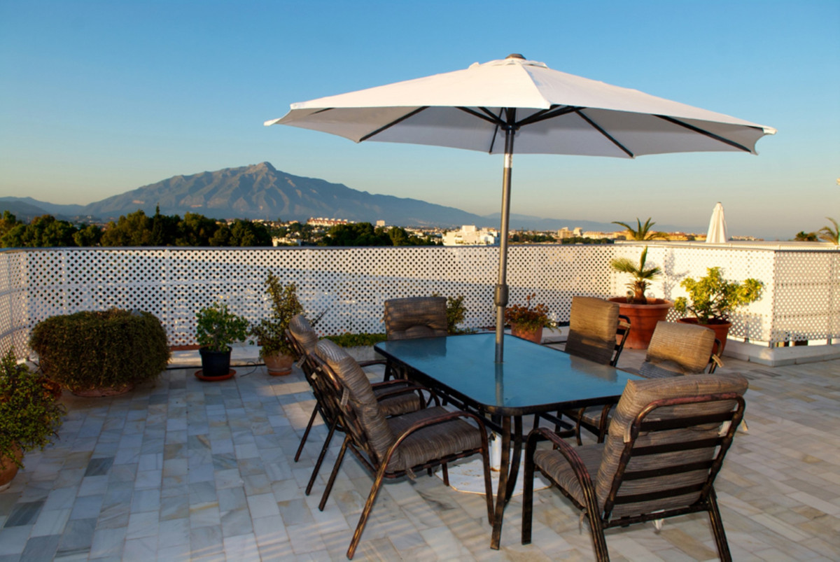 This amazing duplex penthouse has over 450 metres of private terrace boasting the most sensational v,Spain