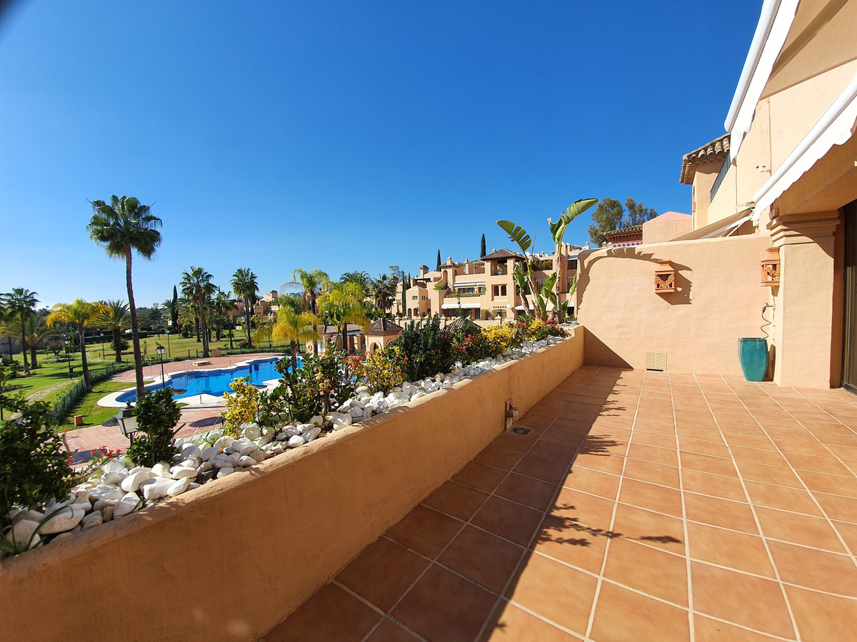 Ref:R3020966 Apartment - Penthouse For Sale in Atalaya