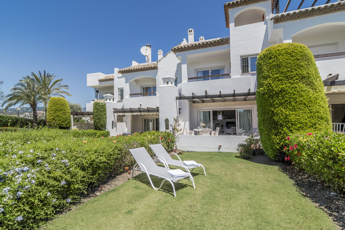 This beautiful 3 bedroom town- house is located in a secure gat- ed community that consists of 42 ma, Spain