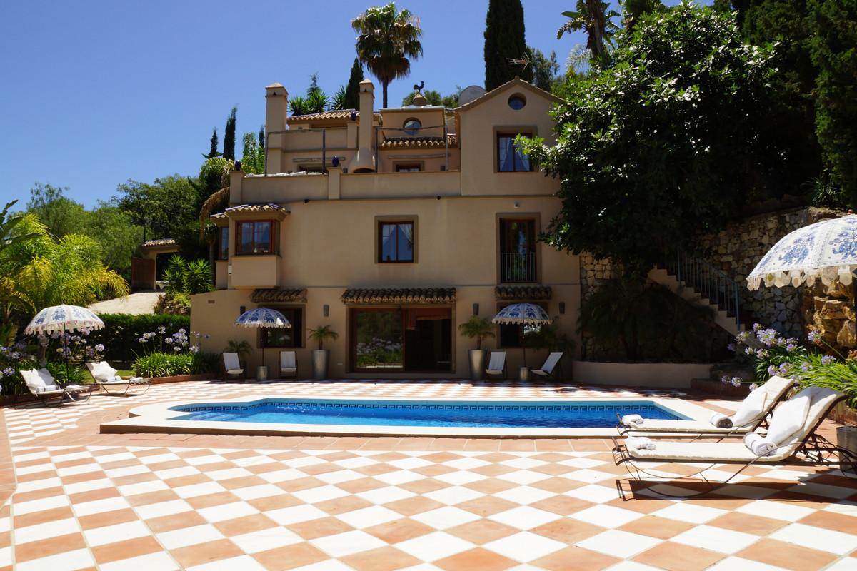 Villa - Los Almendros