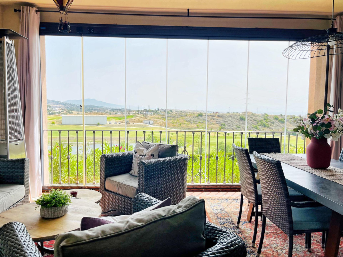 New contemporary townhouse front line golf with open panoramic views to the mountains and the sea. V,Spain