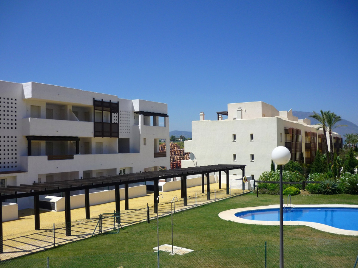 Great fresh apartment with 2 bedrooms and 2 bathrooms and a modern kitchen. Fully air-conditioned an, Spain
