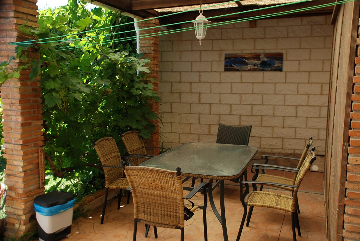 House in Estepona R3213358 9