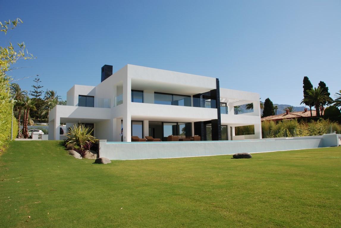 Villa – Chalet en Venta en Nueva Andalucía – R2731061
