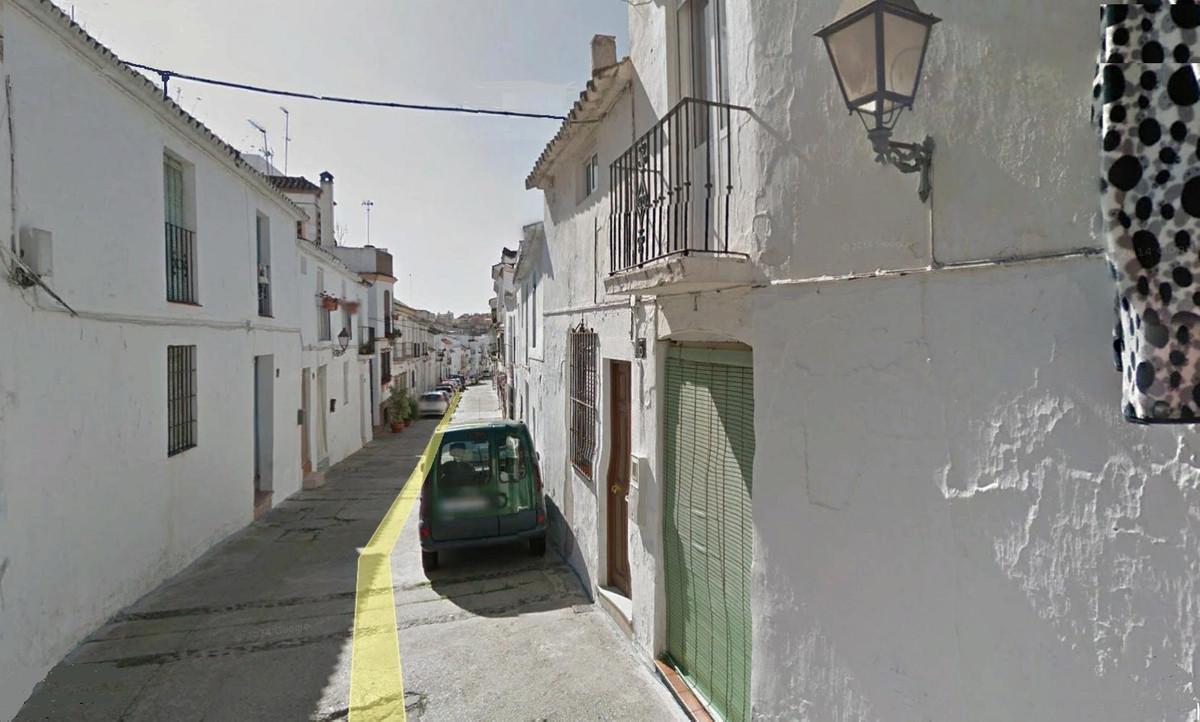House - Estepona - R3034061 - mibgroup.es