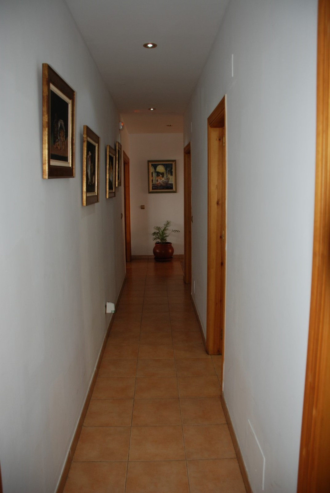 House in Estepona R2598008 36