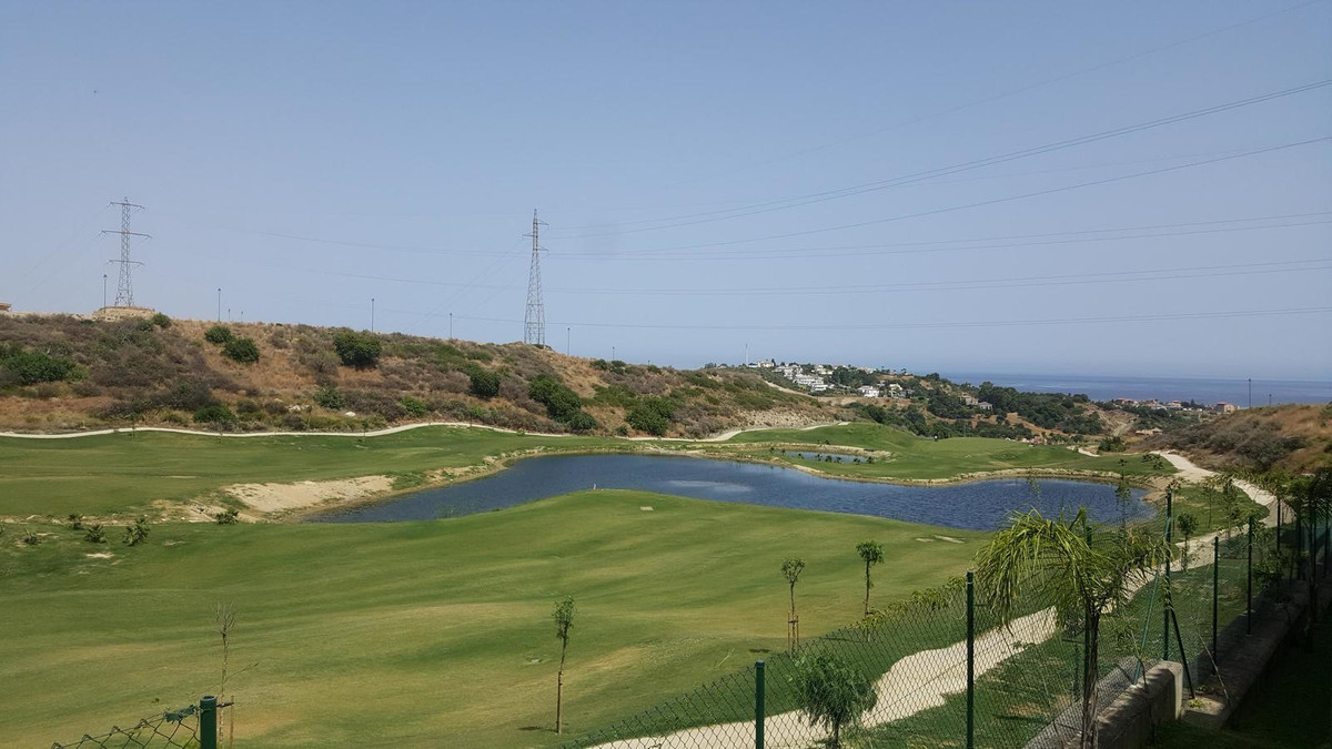 New contemporary townhouse front line golf with open panoramic views to the mountains and the sea. V, Spain