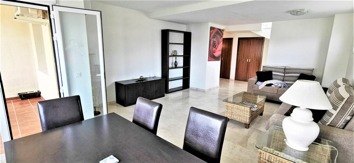 Very nice and spacious duplex-penthouse apartment with 3 bedrooms and two bathrooms. On the ground f, Spain