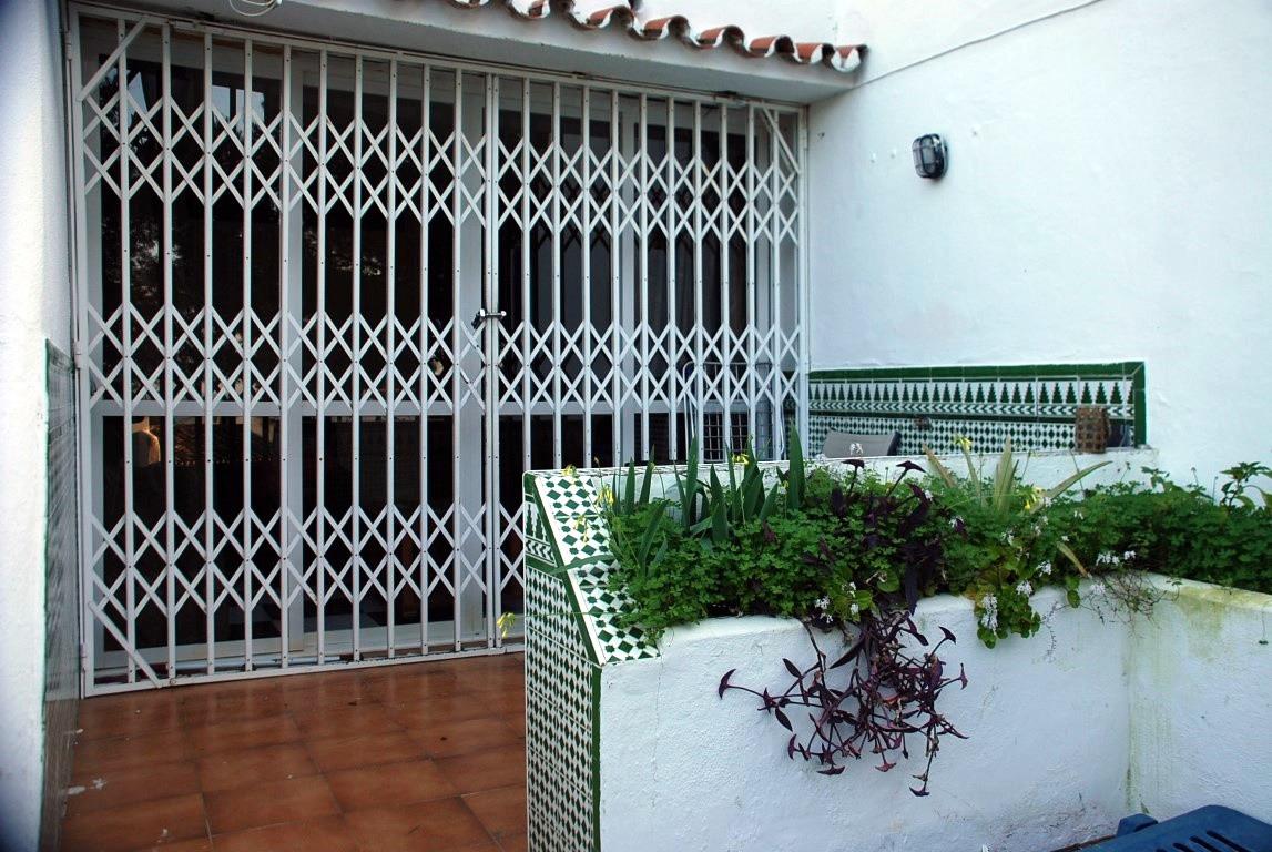 Apartamento Planta Baja 1 Dormitorio(s) en Venta Estepona