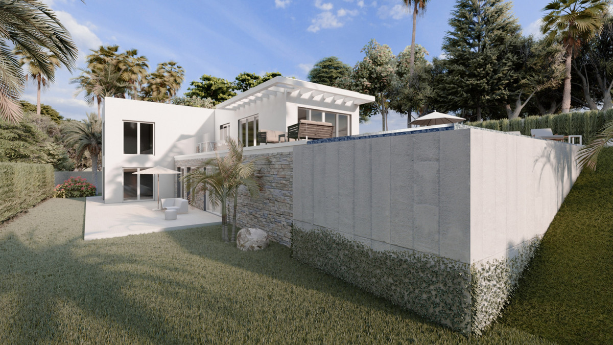 R3375331 | Residential Plot in Estepona – € 129,000