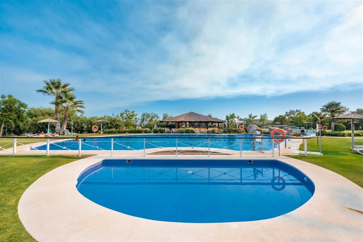 The Resort&Spa Parque Botanico is located in Estepona and offers accommodation with free WiFi, a,Spain