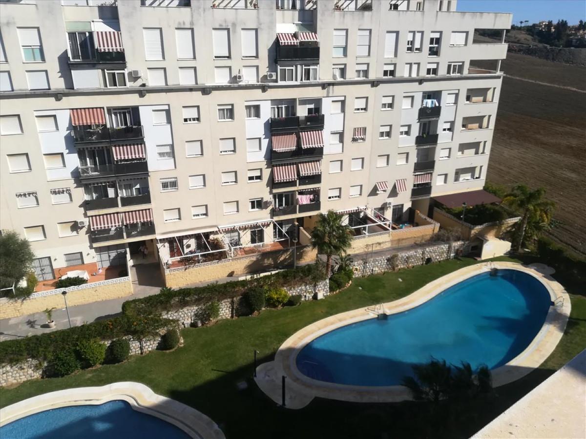 Apartamento con 4 Dormitorios en Venta La Campana