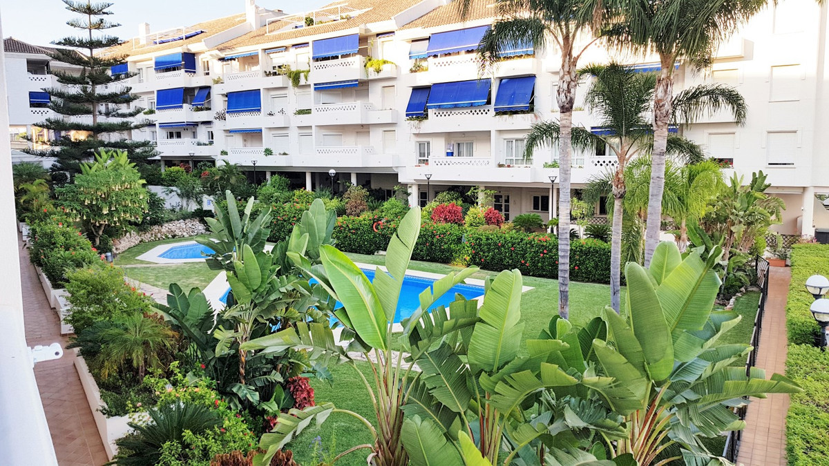 Excellent apartment in the best area of ??San Pedro Alcantara, Marbella, next to the new boulevard a,Spain
