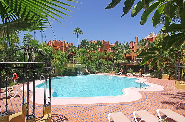 Apartamento Planta Baja en venta, Puerto Banús – R2759660