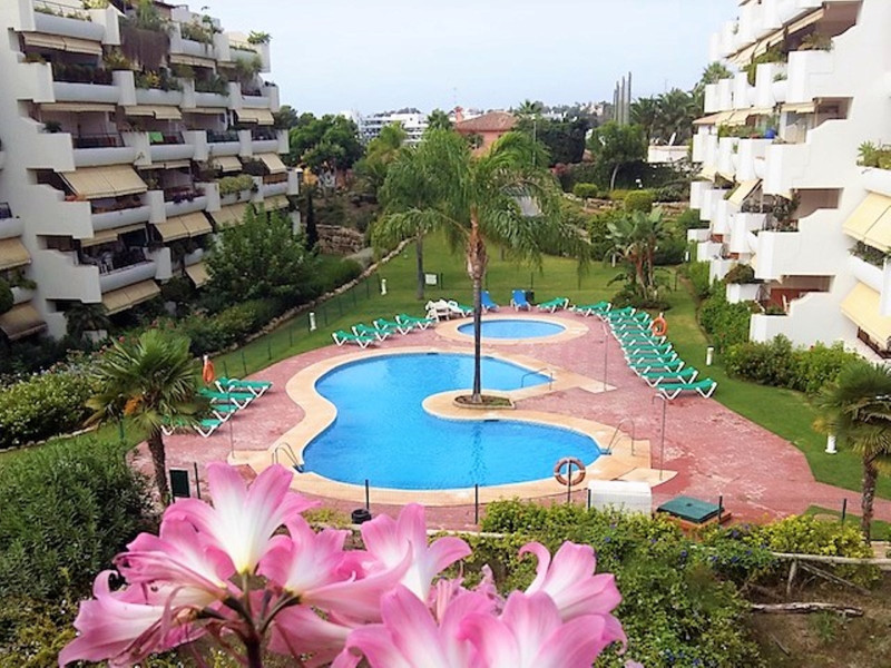Apartamento Planta Baja en venta, San Pedro de Alcántara – R3249622