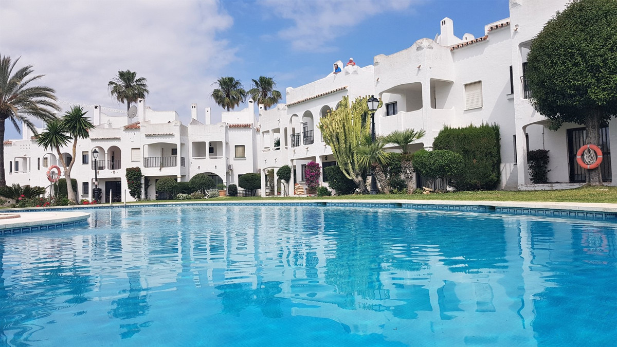 Spacious and bright townhouse in Bel Air, between Estepona and Marbella, just 10 minutes drive from ,Spain