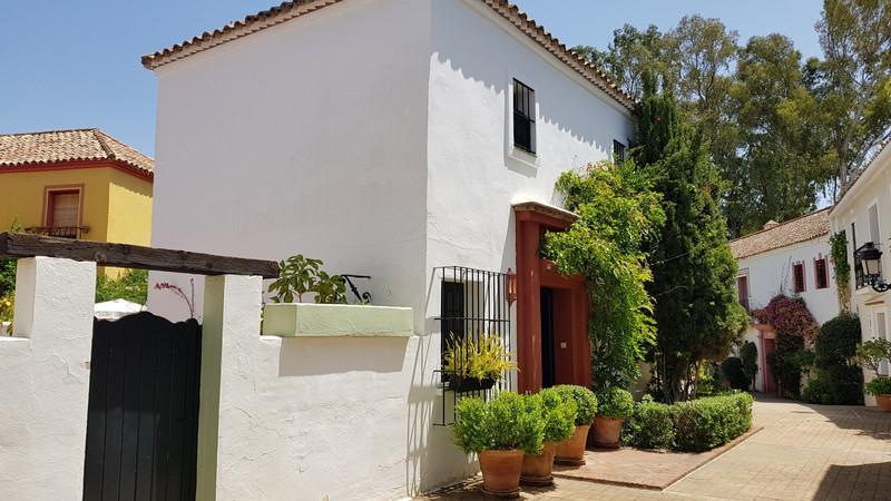 Marbella Banus Adosada en venta en Guadalmina Baja – R3478432