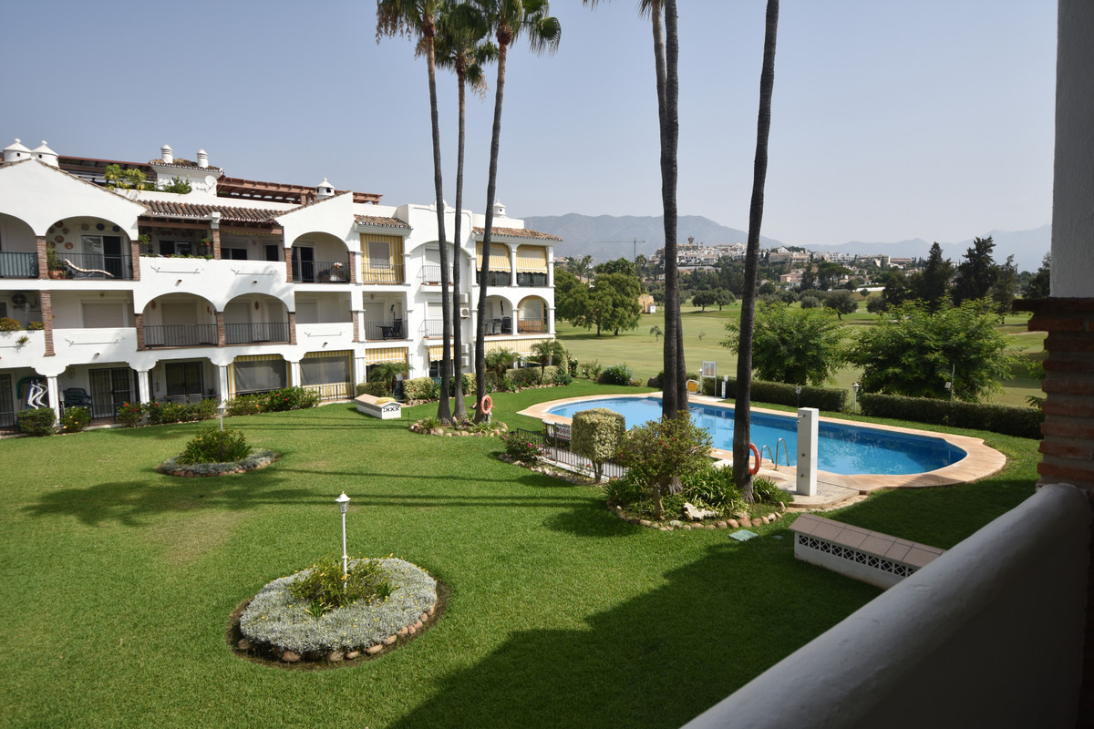 Located in La Siesta, one of the most known developments on Mijas Golf. Situated on the Camino de Co,Spain