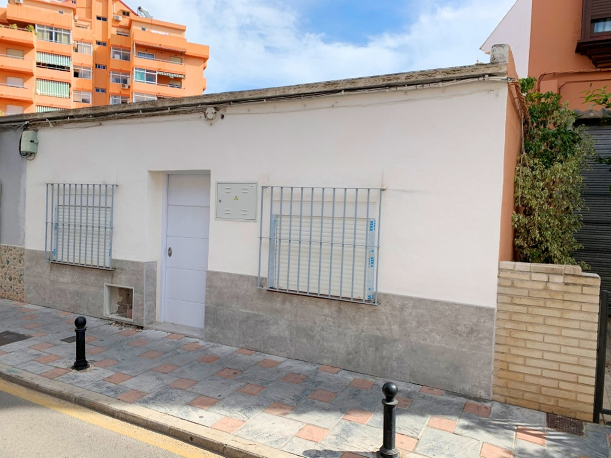 House in Fuengirola R3619112 1