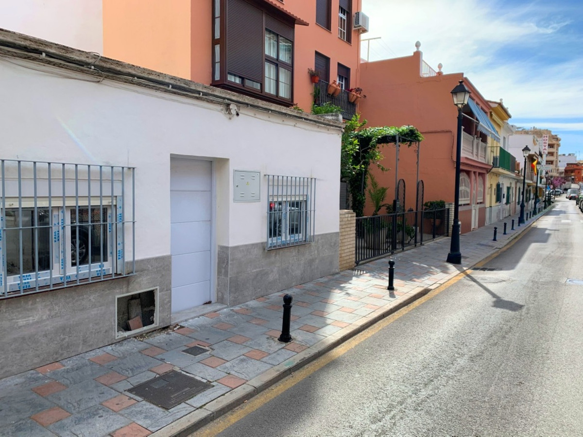 House in Fuengirola R3619112 4