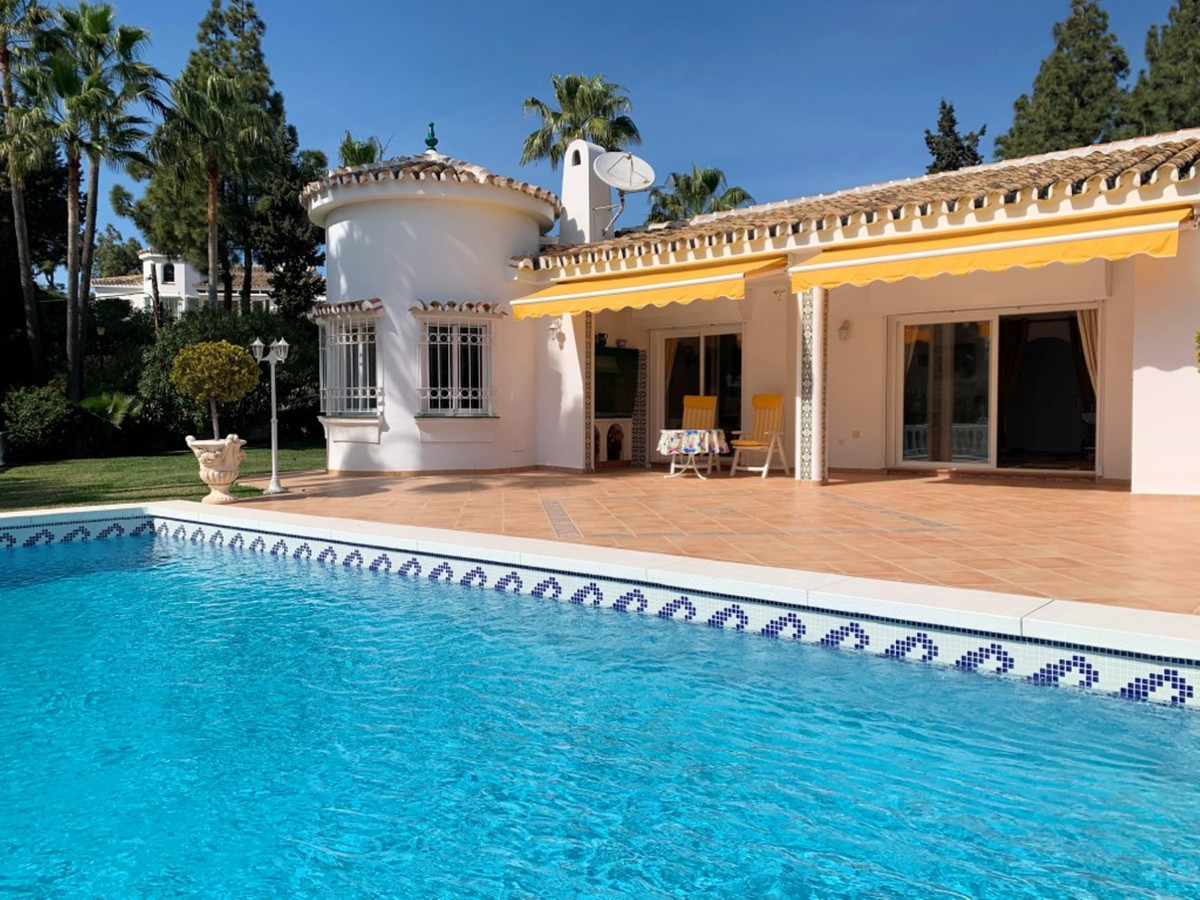 A chance to acquire what must be one of the most desirable properties in the La Cala area. This one ,Spain