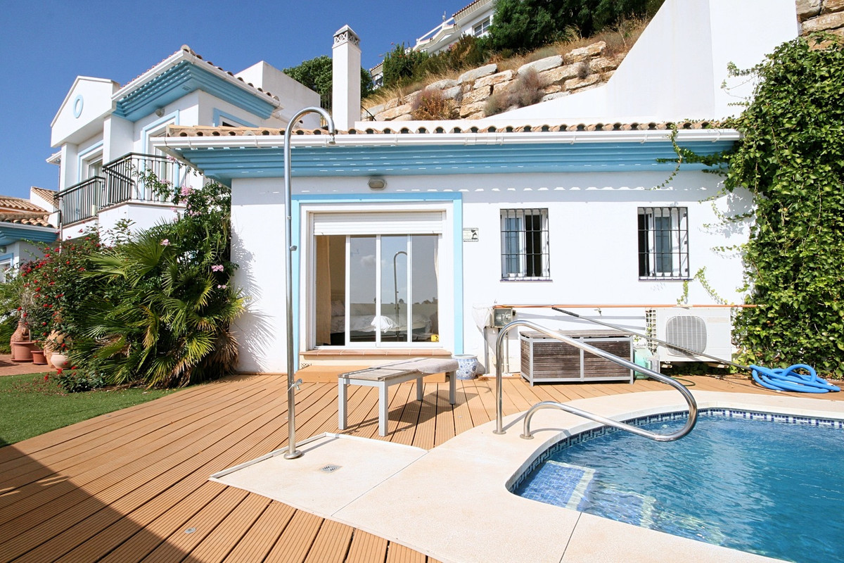 This house offers a great opportunity to purchase a family sized home with private pool and great se, Spain